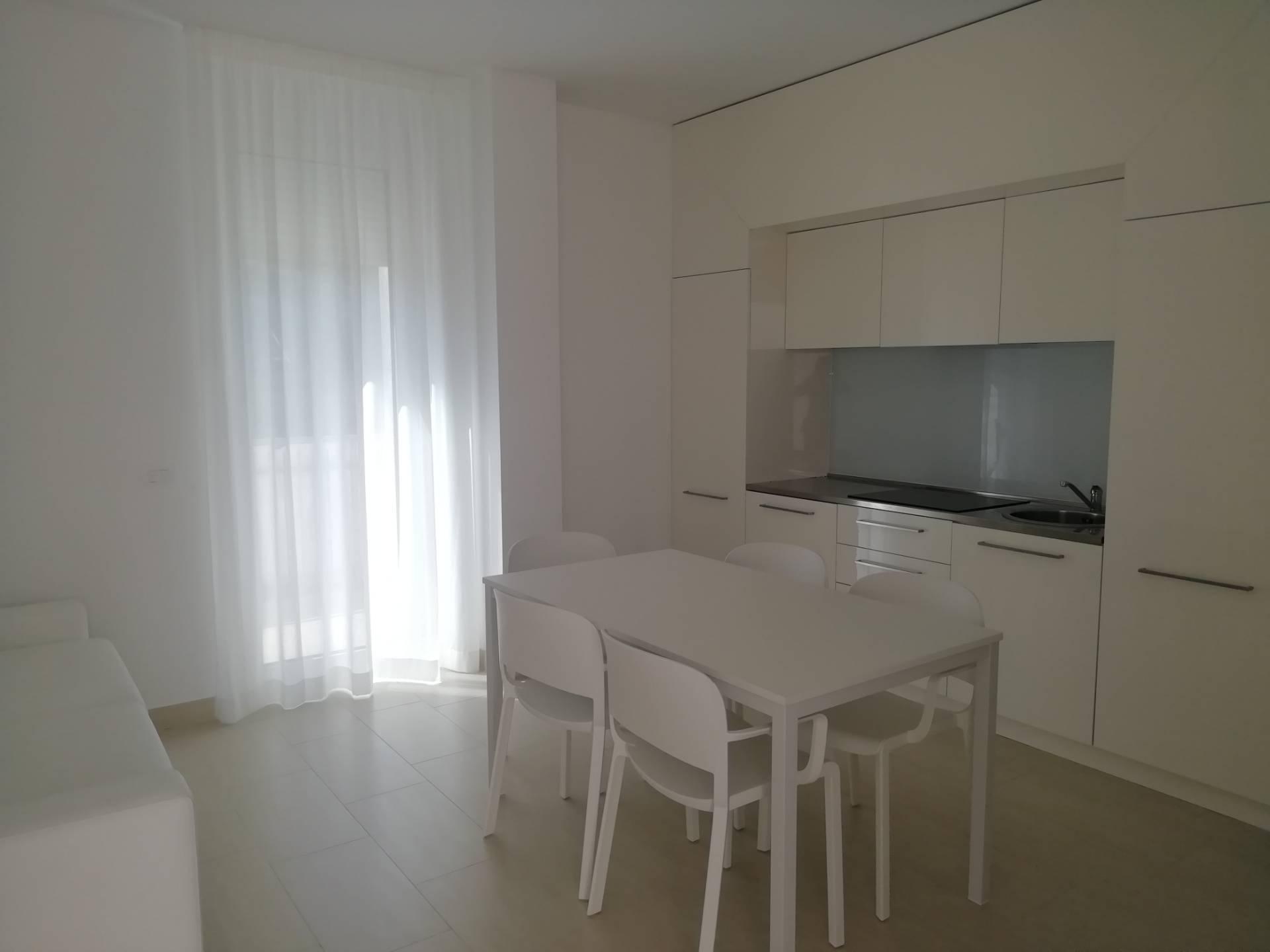 Appartamento in vendita a Termoli, 4 locali, zona Località: Lungomare, prezzo € 175.000 | PortaleAgenzieImmobiliari.it