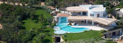 Villa in Vendita a Arzachena
