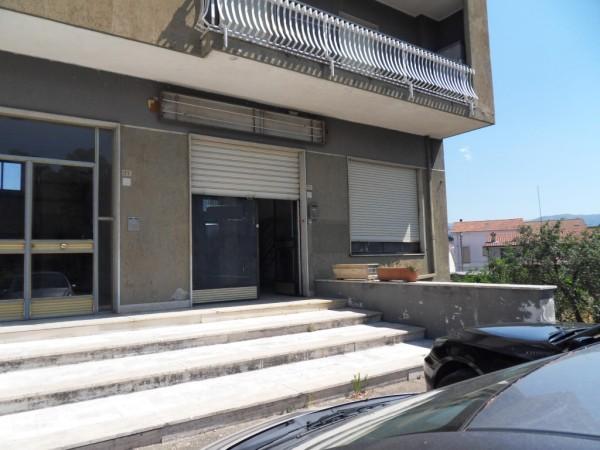 Negozio / Locale in vendita a Rende, 9999 locali, prezzo € 80.000 | CambioCasa.it