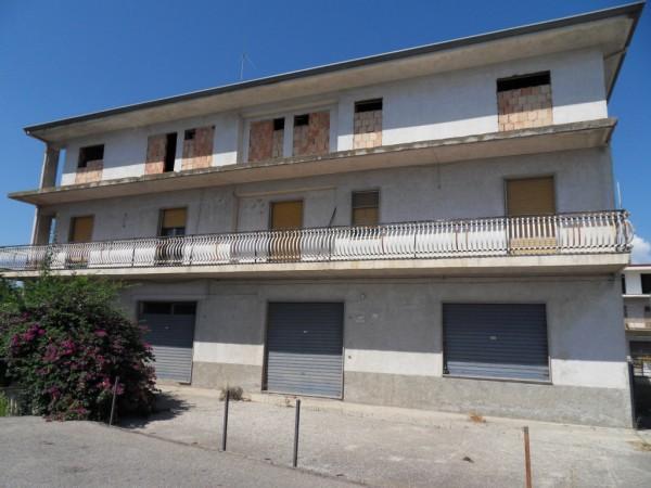 Rustico / Casale in vendita a Cassano allo Ionio, 30 locali, zona Zona: Sibari, prezzo € 900.000 | Cambio Casa.it