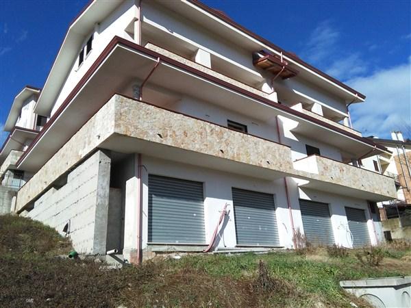 Villa unifamiliare di nuova costruzione in VENDITA a Cosenza