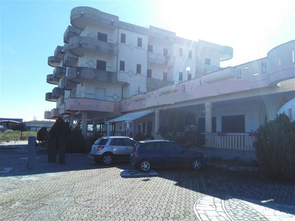 Albergo in vendita a Calopezzati, 9999 locali, Trattative riservate | Cambio Casa.it