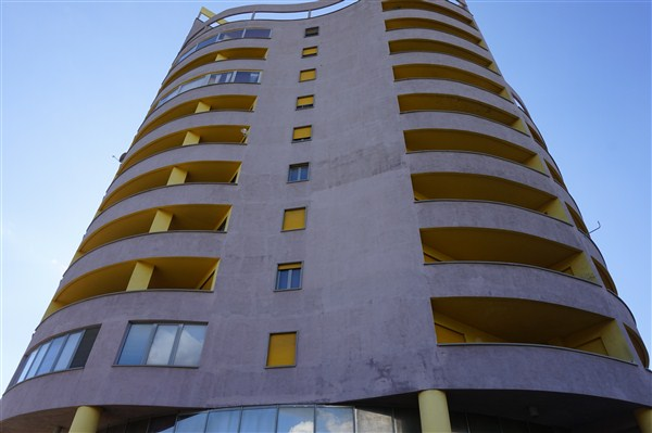 Negozio / Locale in vendita a Cosenza, 9999 locali, prezzo € 163.000   Cambio Casa.it