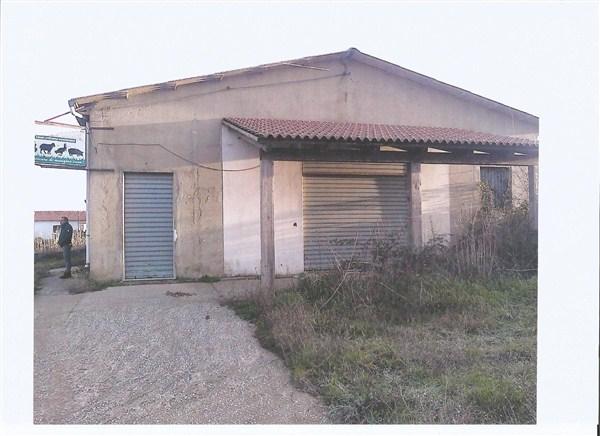 Capannone in vendita a Nicotera, 9999 locali, prezzo € 90.000 | CambioCasa.it