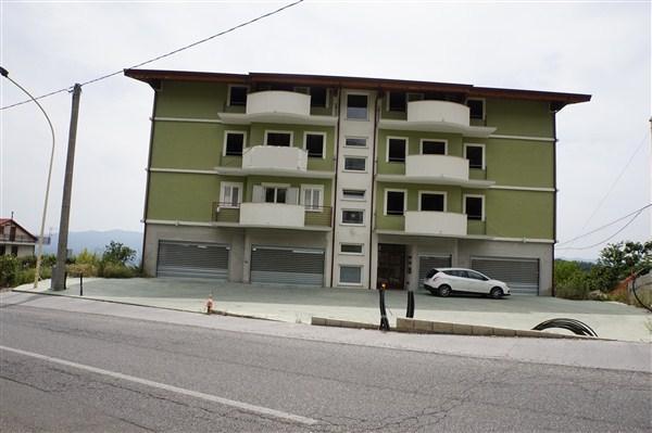 Appartamento nuova costruzione con garage. in VENDITA a Spezzano Piccolo