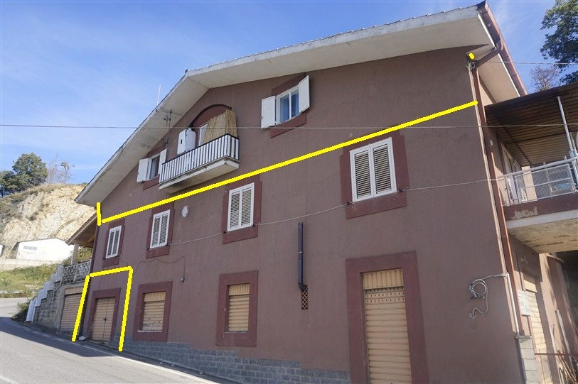 Appartamento Mansardato  con Garage in VENDITA a Spezzano Piccolo