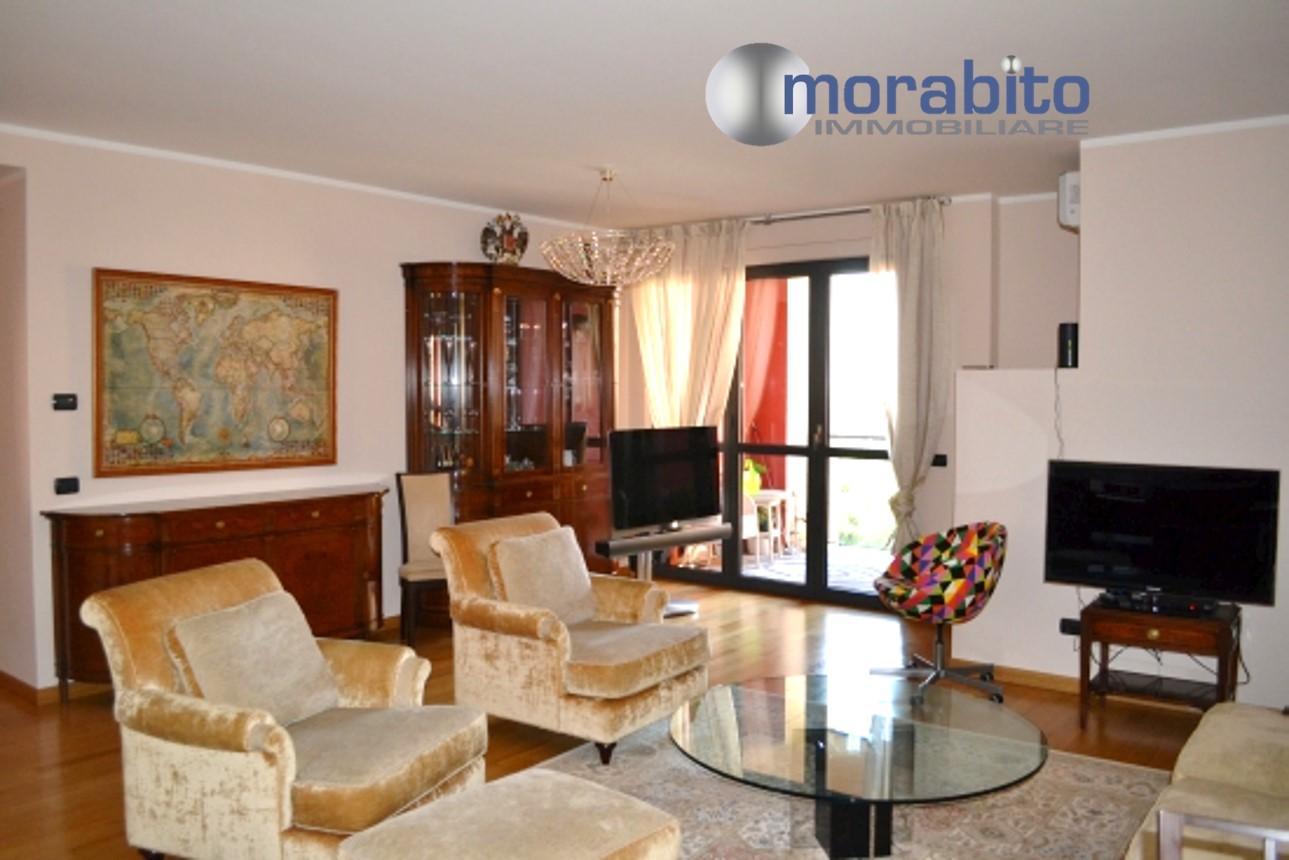 Appartamento in vendita a Milano, 6 locali, zona Località: Lodi, prezzo € 850.000   CambioCasa.it