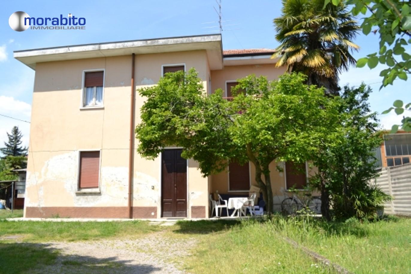 Soluzione Indipendente in vendita a Arconate, 4 locali, prezzo € 220.000 | CambioCasa.it