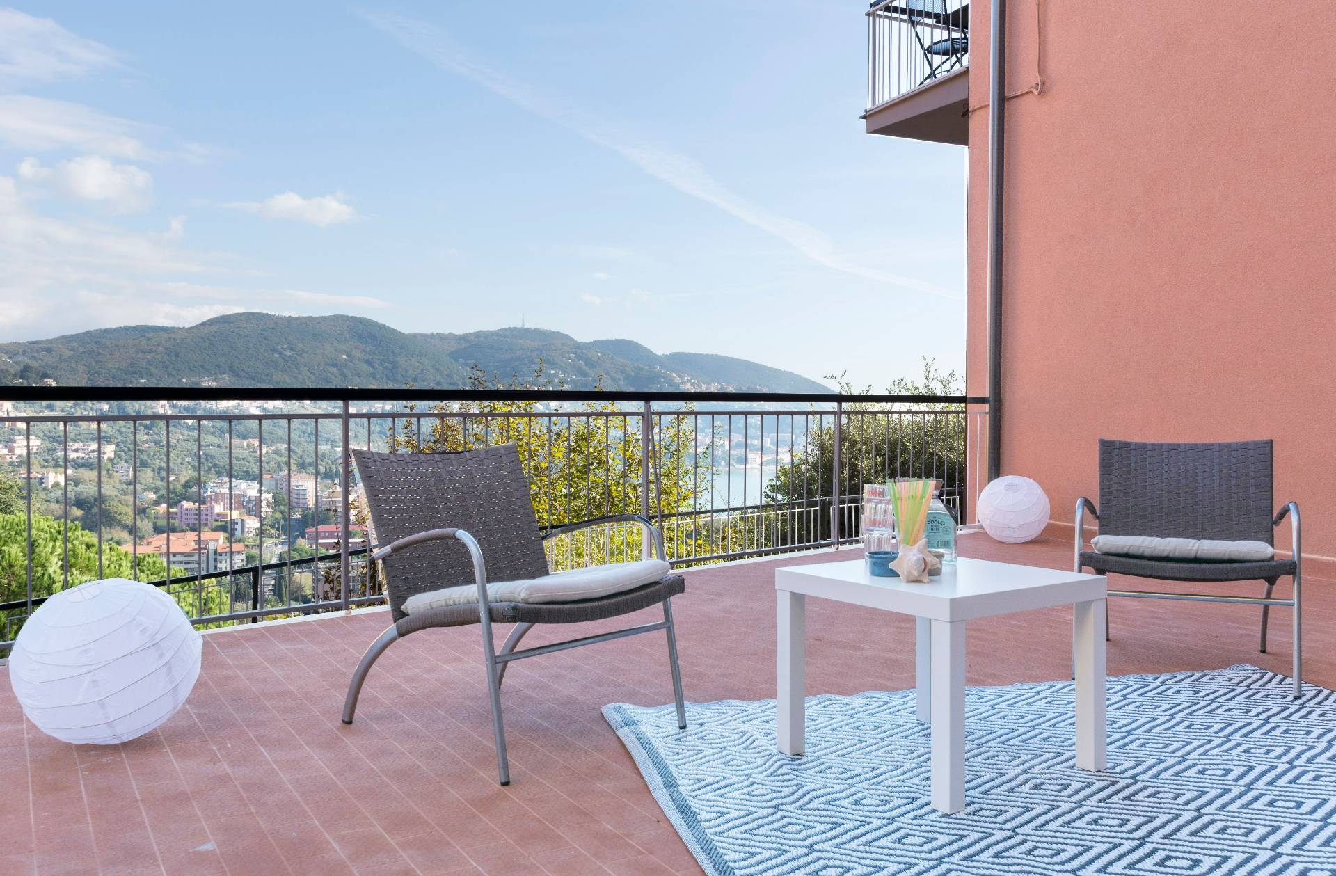 Appartamento in vendita a Lerici, 3 locali, zona uolo, prezzo € 235.000 | PortaleAgenzieImmobiliari.it