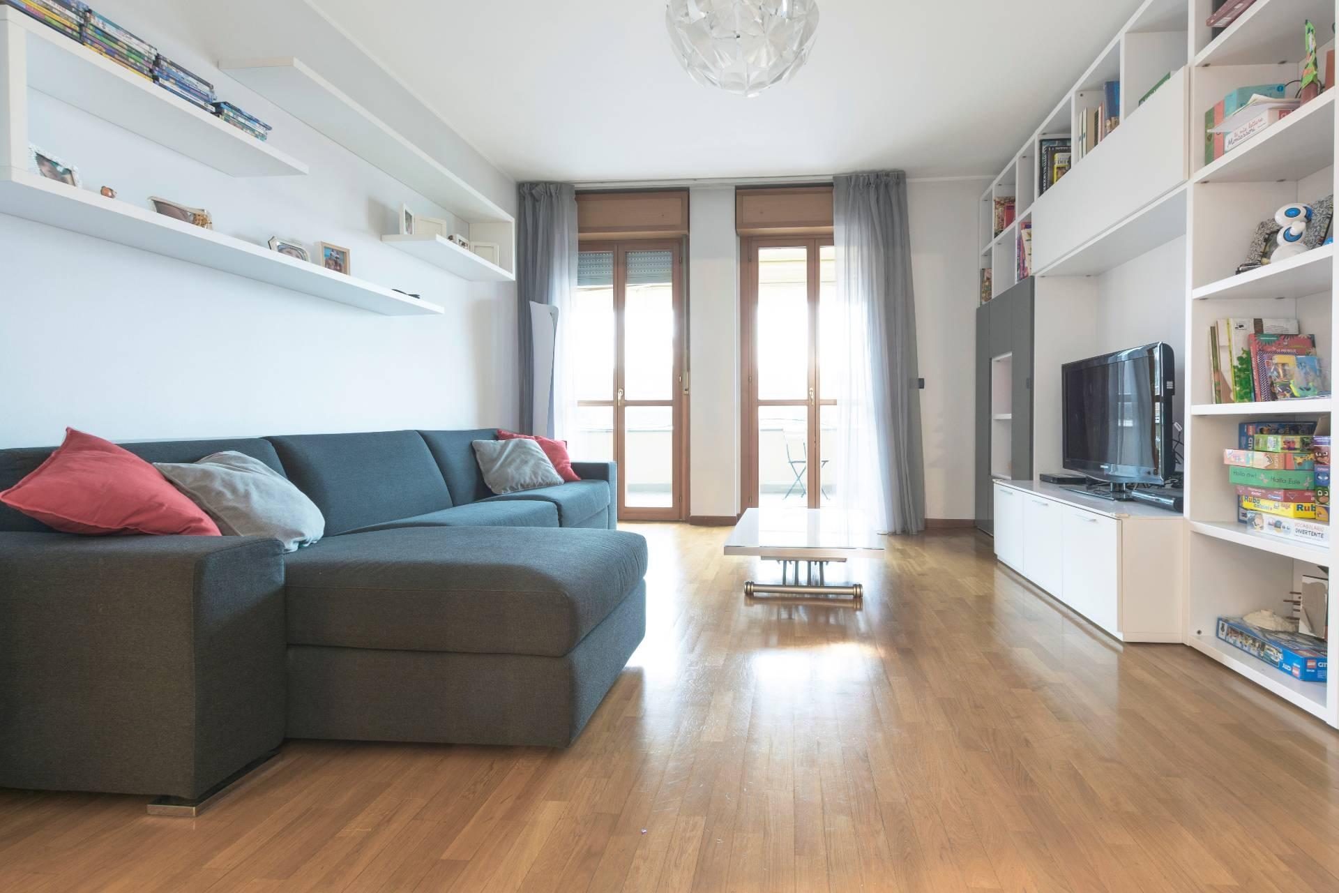 Appartamento in vendita a Milano, 3 locali, zona Zona: 17 . Quarto Oggiaro, Villapizzone, Certosa, Vialba, prezzo € 298.000   CambioCasa.it