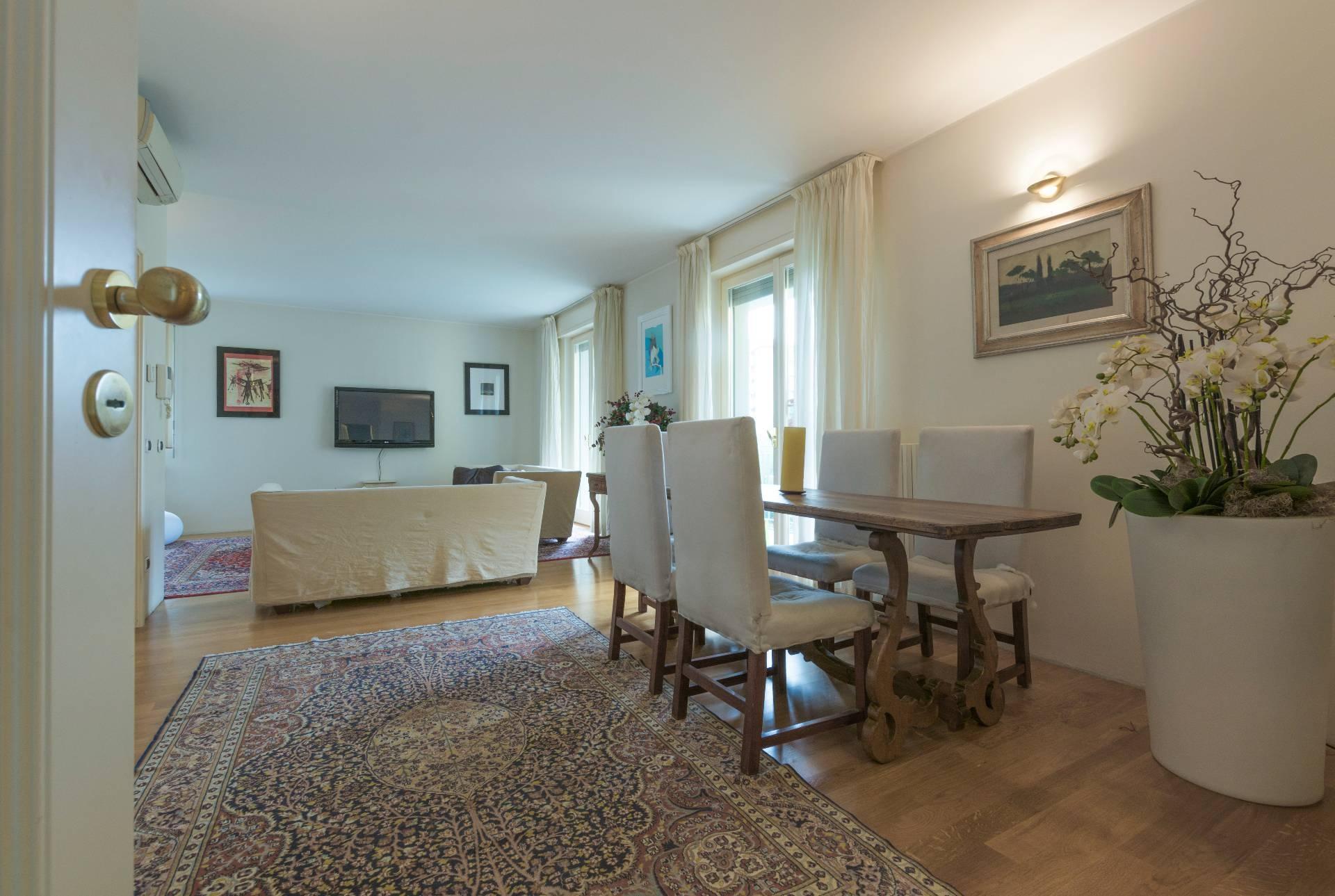 vendita appartamento milano washinghton  595000 euro  4 locali  144 mq