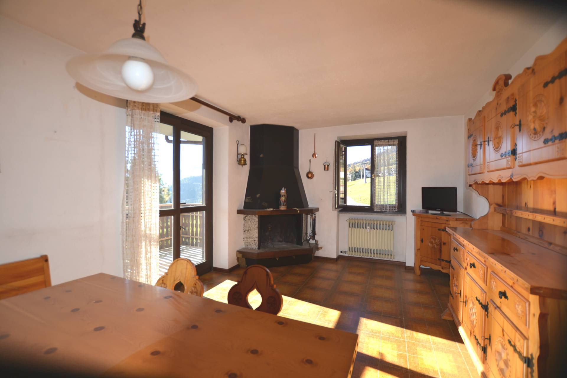 Appartamento in vendita a Torgnon, 3 locali, prezzo € 175.000   CambioCasa.it