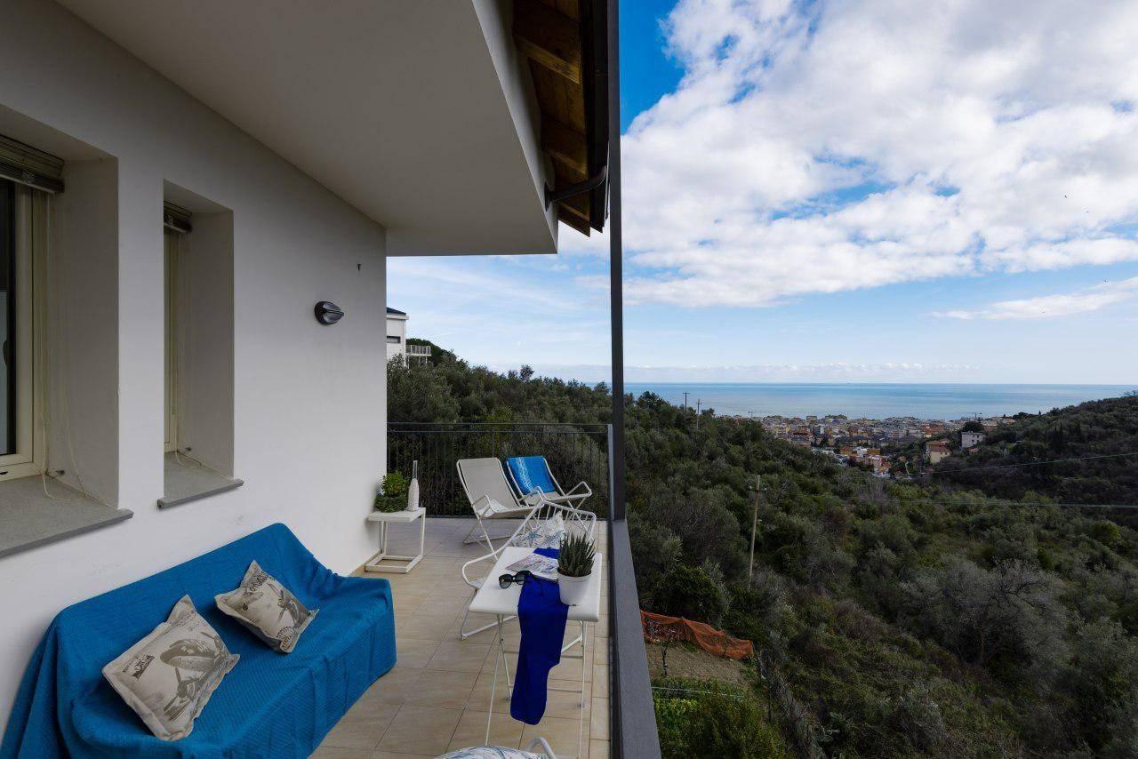 Appartamento in vendita a Alassio, 3 locali, prezzo € 318.000 | PortaleAgenzieImmobiliari.it