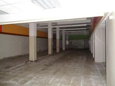 Locale commerciale in Affitto/Vendita a Porto San Giorgio