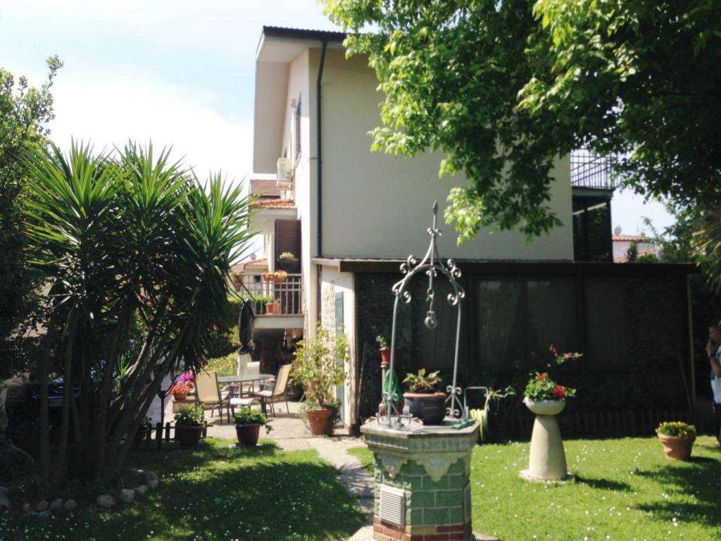 Villa in vendita a Pisa, 8 locali, zona Zona: Putignano, prezzo € 385.000 | Cambio Casa.it