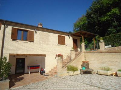 Casa singola in Vendita a Corropoli