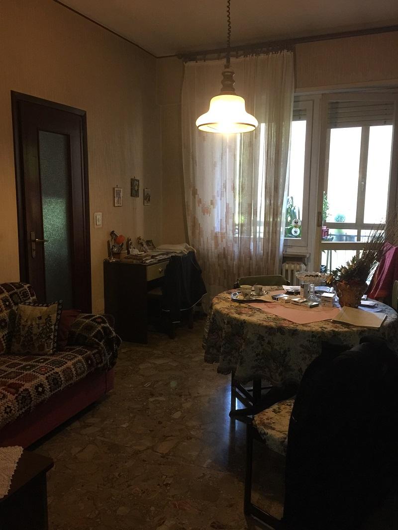 Bilocale vendita torino zona nizza millefonti for Bilocale arredato torino