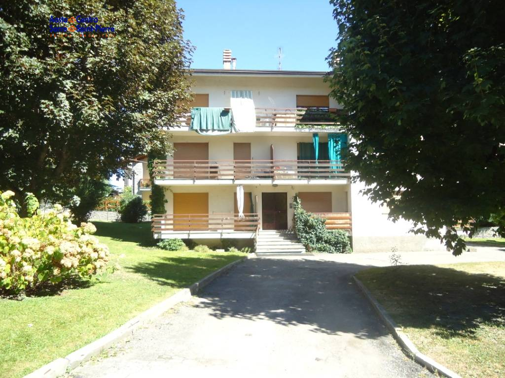 Appartamento in affitto a Saint-Pierre, 1 locali, prezzo € 300 | PortaleAgenzieImmobiliari.it
