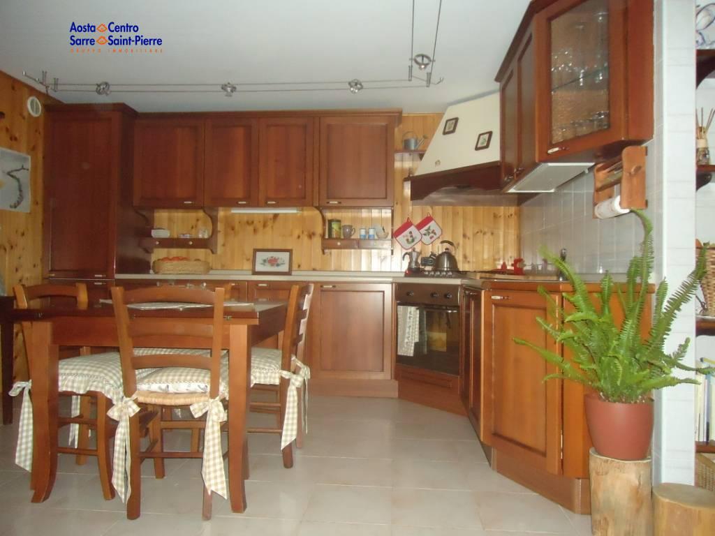 Appartamento in vendita a Sarre, 3 locali, prezzo € 99.000 | PortaleAgenzieImmobiliari.it
