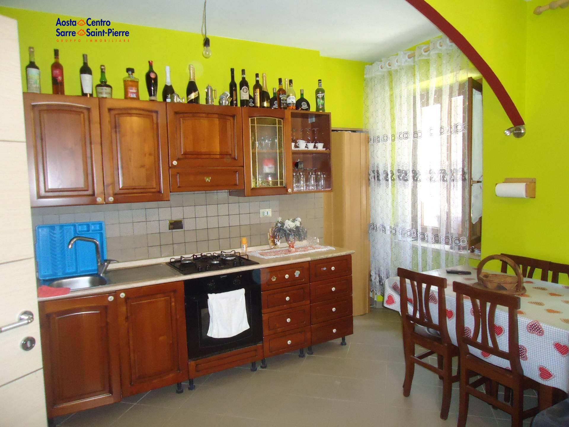 Soluzione Indipendente in vendita a Saint-Pierre, 3 locali, zona Località: CorradoGex, prezzo € 145.000   PortaleAgenzieImmobiliari.it