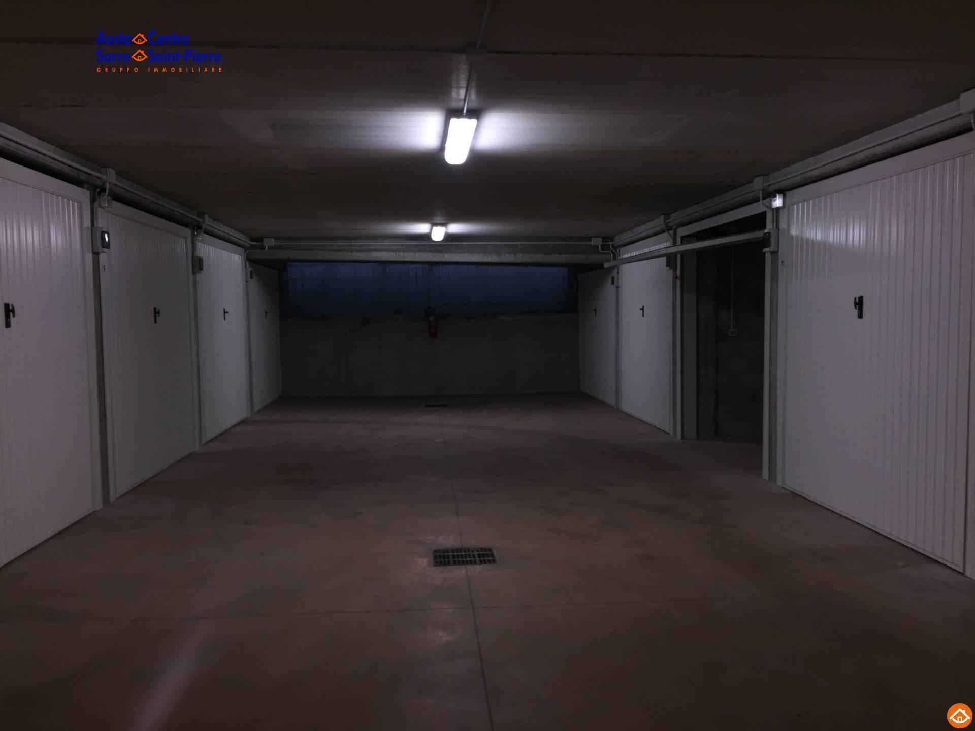 Garage/Box/Posto auto in vendita a Aosta (AO)