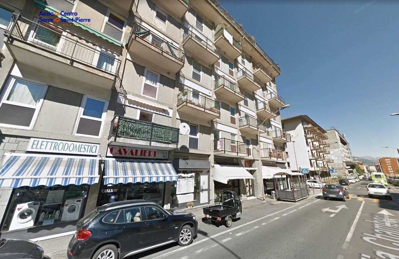 Attività / Licenza in affitto a Aosta, 9999 locali, prezzo € 700 | PortaleAgenzieImmobiliari.it