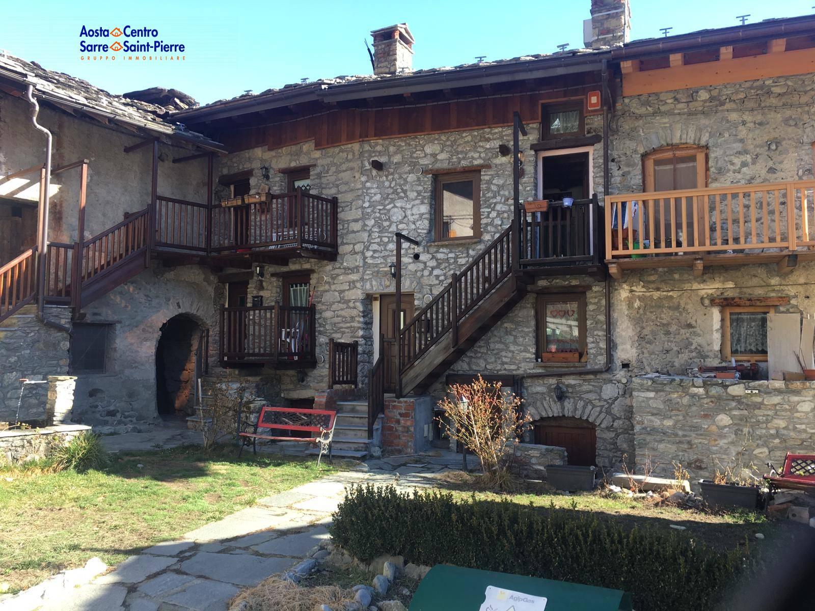 Appartamento in vendita a Gignod, 3 locali, prezzo € 95.000 | PortaleAgenzieImmobiliari.it