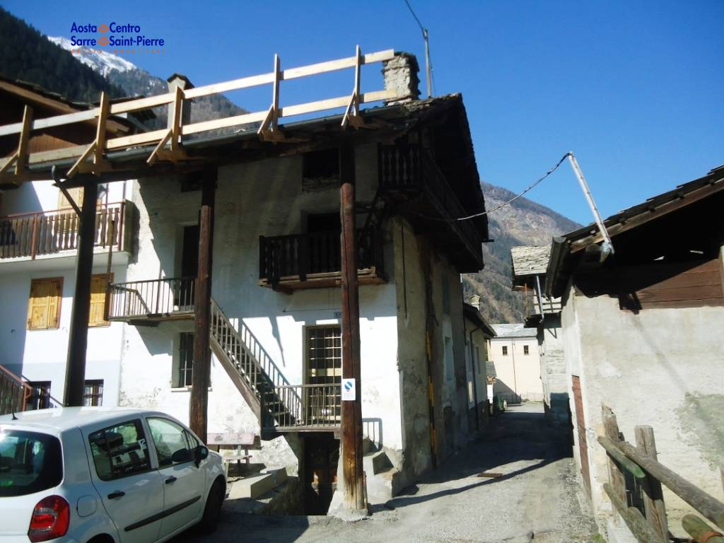 Rustico / Casale in vendita a Aymavilles, 6 locali, prezzo € 28.000 | PortaleAgenzieImmobiliari.it