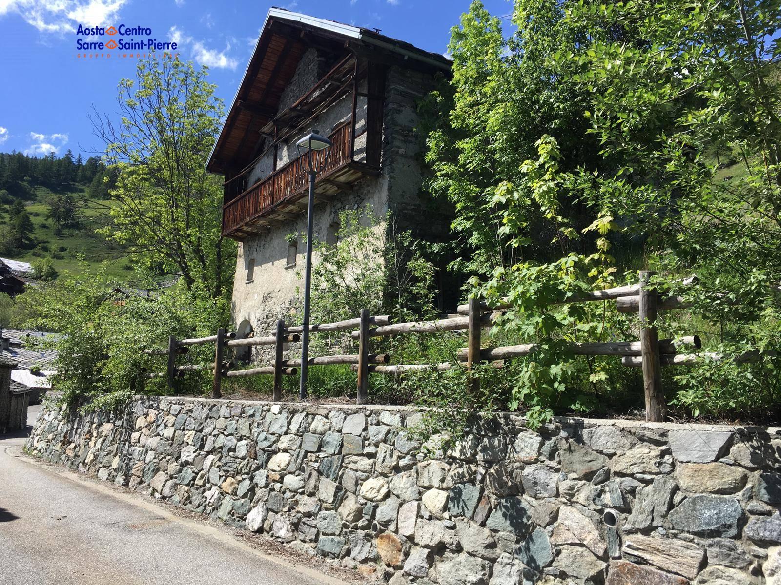 Rustico / Casale in vendita a Etroubles, 8 locali, prezzo € 138.000 | PortaleAgenzieImmobiliari.it