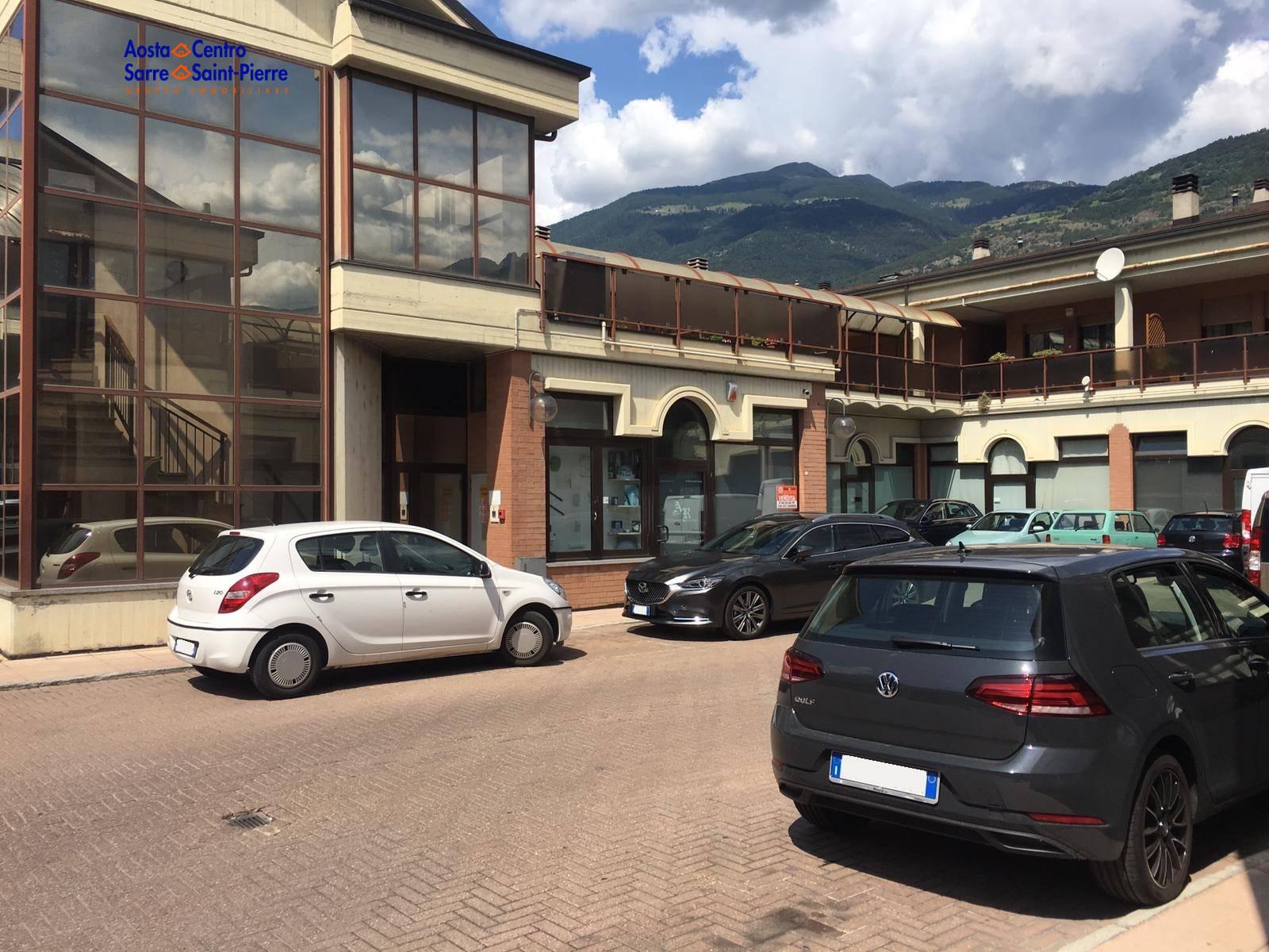 Negozio / Locale in vendita a Aosta, 9999 locali, zona centro, prezzo € 80.000 | PortaleAgenzieImmobiliari.it
