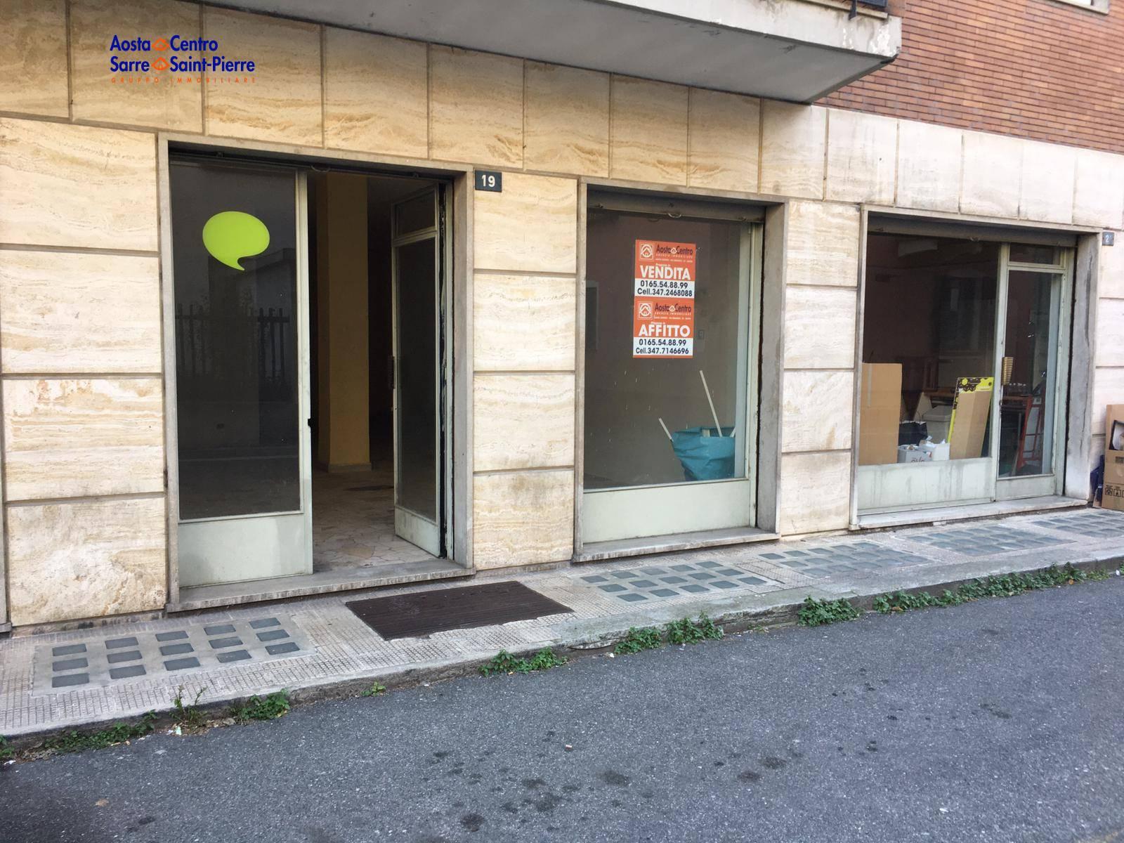 Negozio / Locale in affitto a Aosta, 9999 locali, zona centro, prezzo € 90.000 | PortaleAgenzieImmobiliari.it