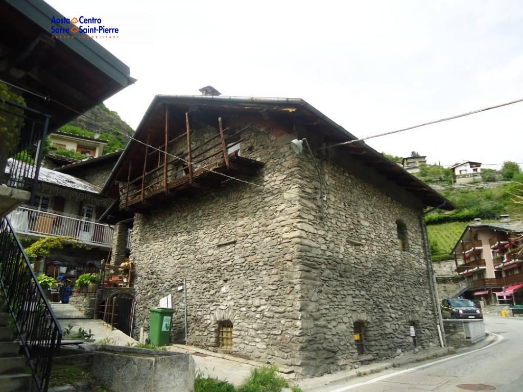 Rustico / Casale in vendita a Sarre, 5 locali, prezzo € 110.000 | PortaleAgenzieImmobiliari.it