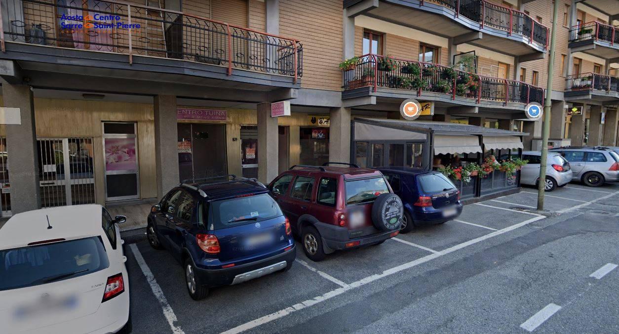 Negozio / Locale in affitto a Aosta, 9999 locali, prezzo € 450 | PortaleAgenzieImmobiliari.it