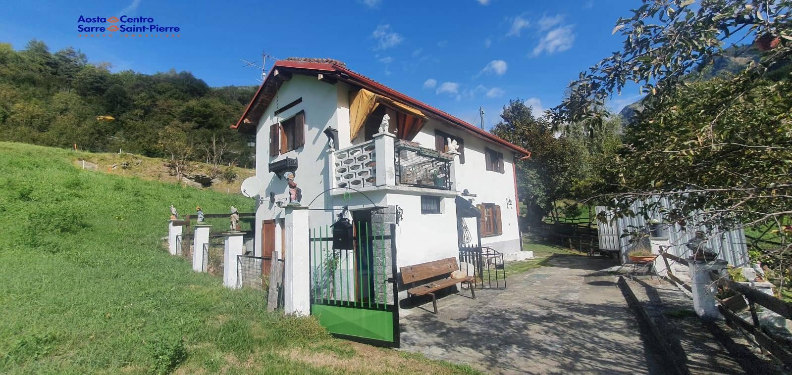 Soluzione Indipendente in vendita a Challand-Saint-Anselme, 3 locali, prezzo € 98.000 | PortaleAgenzieImmobiliari.it