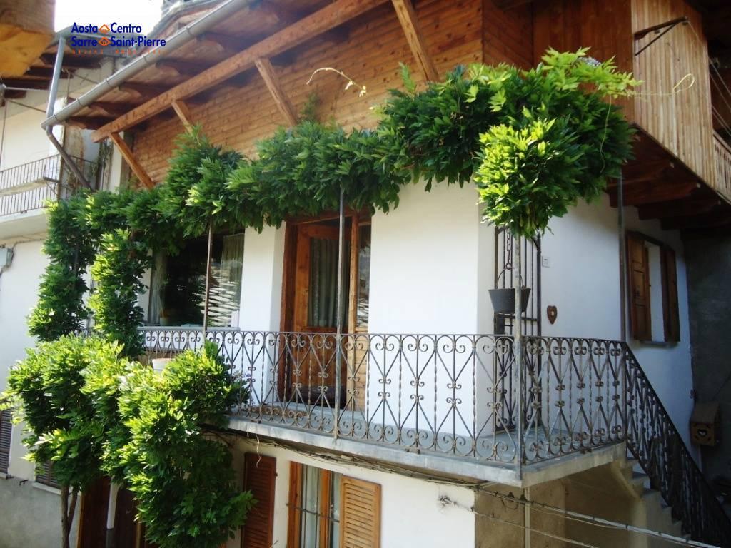 Appartamento in vendita a Villeneuve, 4 locali, prezzo € 160.000 | PortaleAgenzieImmobiliari.it