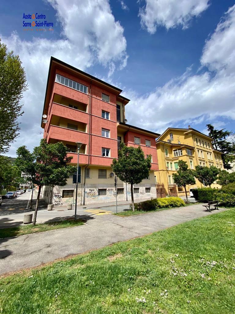 Appartamento in vendita a Aosta, 2 locali, prezzo € 140.000   PortaleAgenzieImmobiliari.it