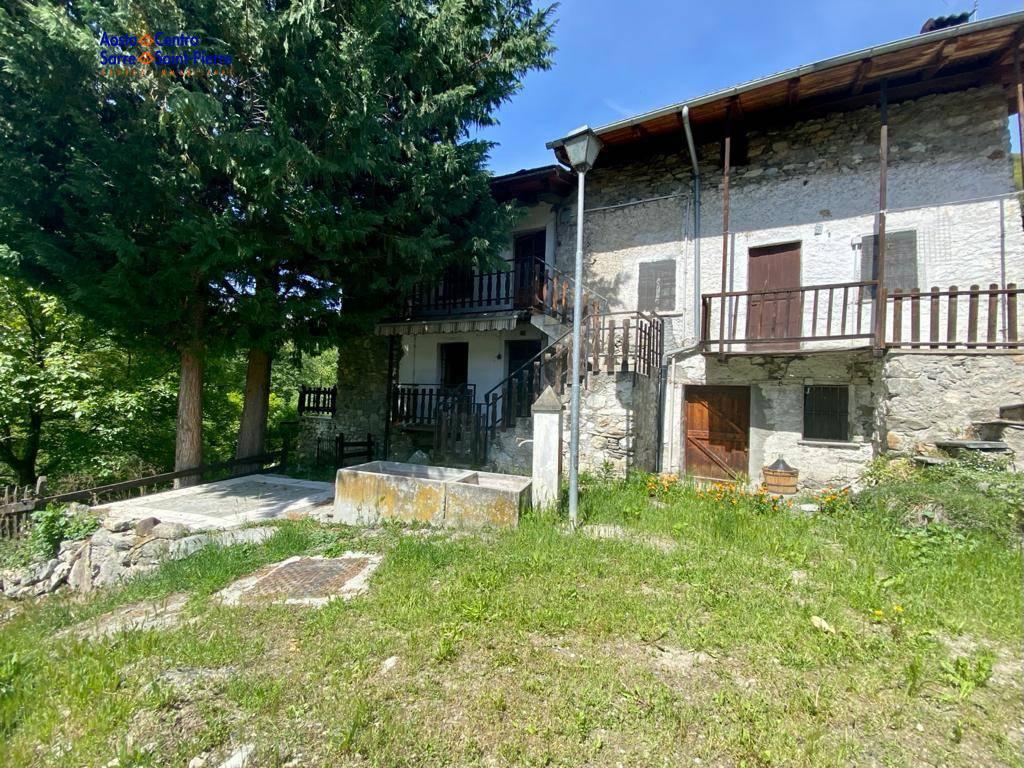Rustico / Casale in vendita a Roisan, 2 locali, prezzo € 45.000 | PortaleAgenzieImmobiliari.it