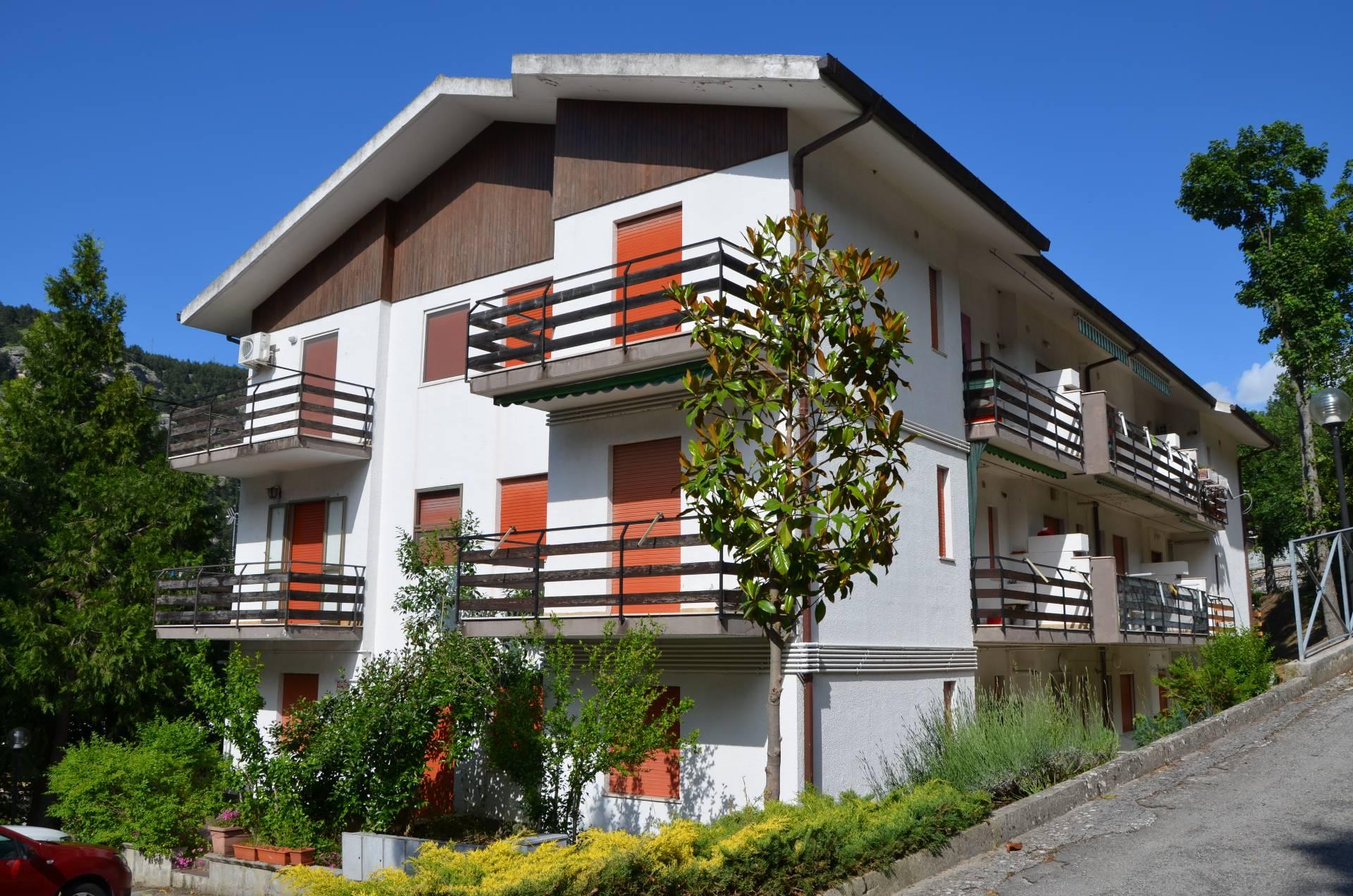 Appartamento in vendita a Caramanico Terme, 3 locali, prezzo € 68.000 | PortaleAgenzieImmobiliari.it