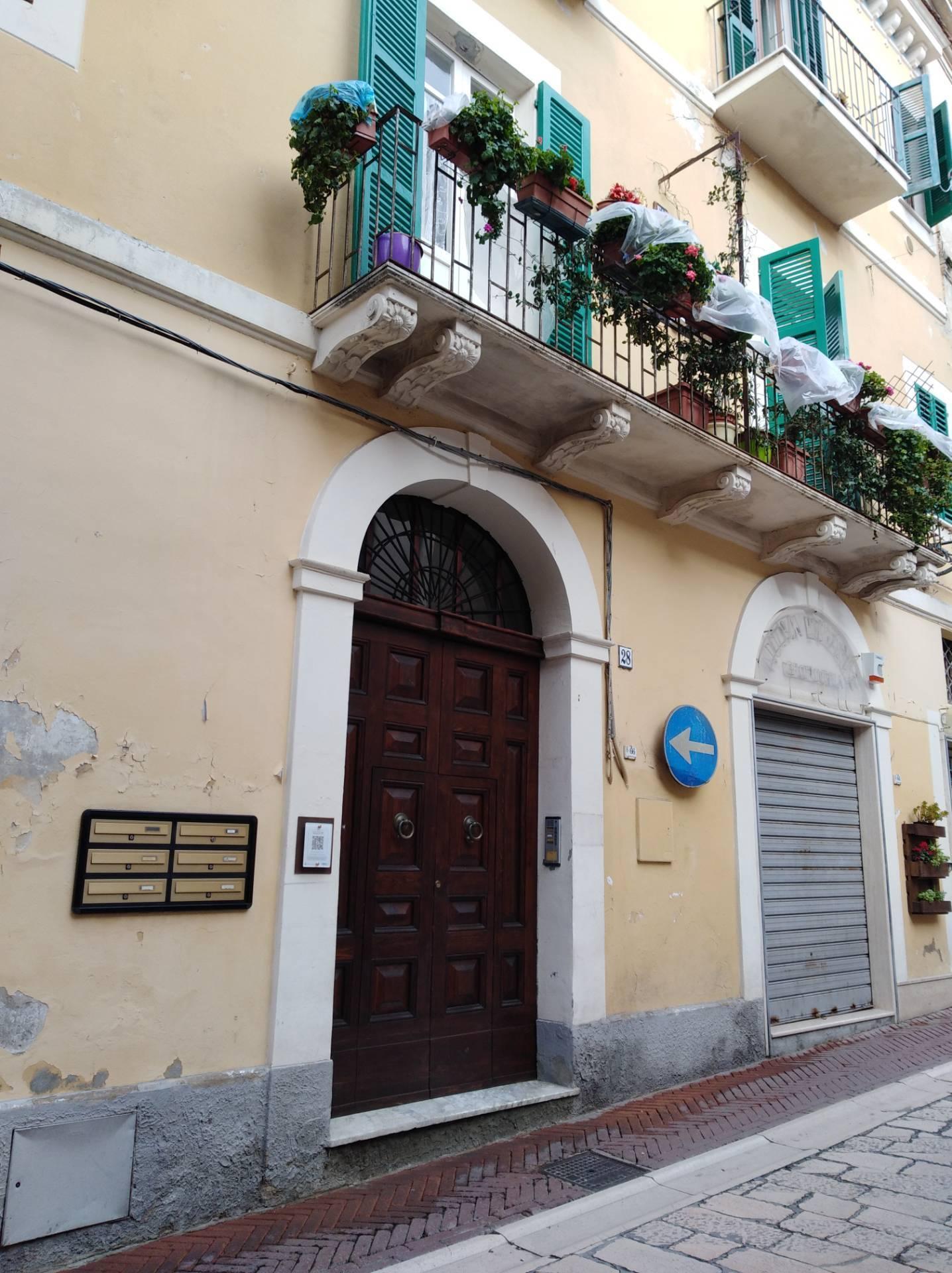 Appartamento in vendita a Città Sant'Angelo, 2 locali, prezzo € 69.000 | CambioCasa.it