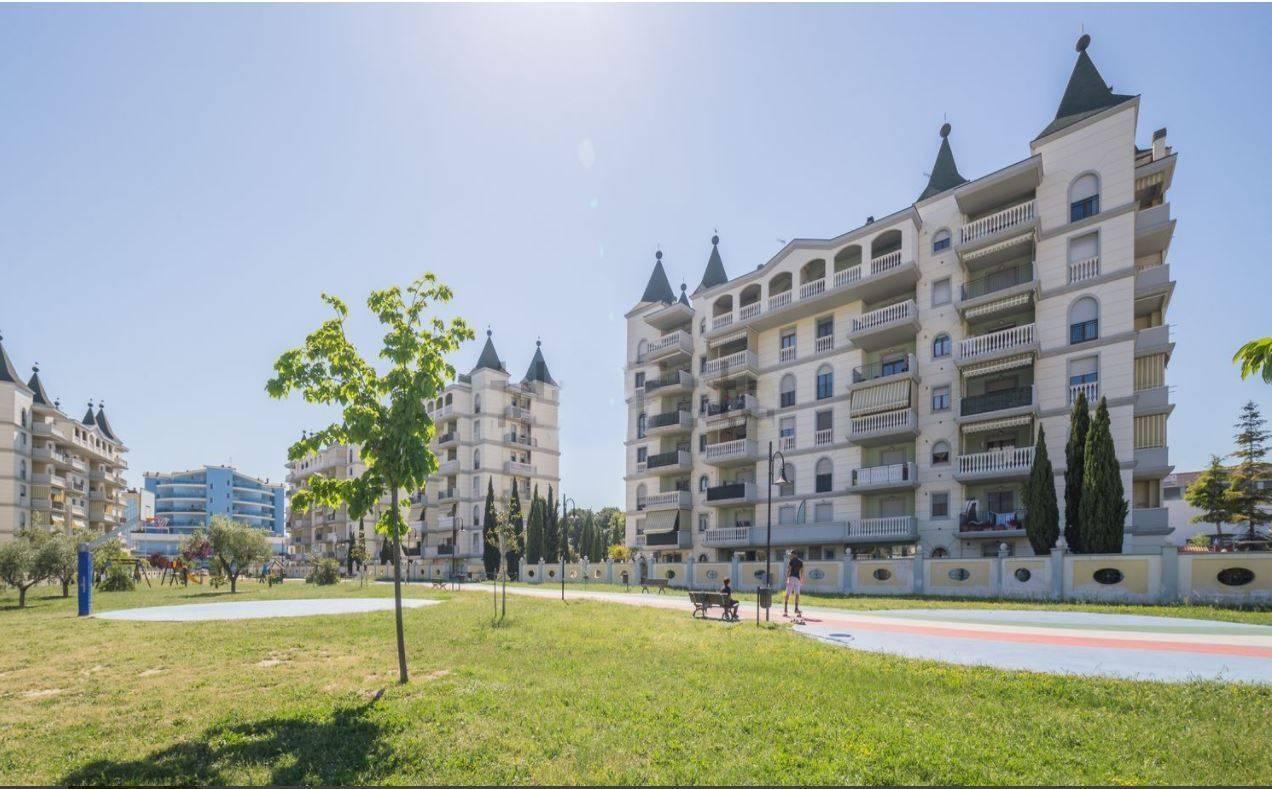 Attico / Mansarda in vendita a Montesilvano, 4 locali, zona Località: centro, prezzo € 168.000   PortaleAgenzieImmobiliari.it