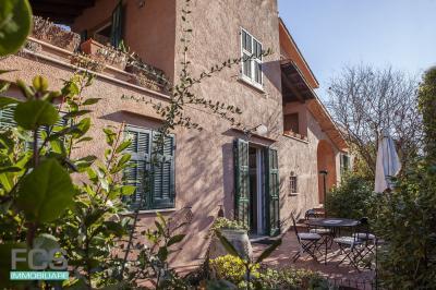 Villa in Vendita a Calice Ligure