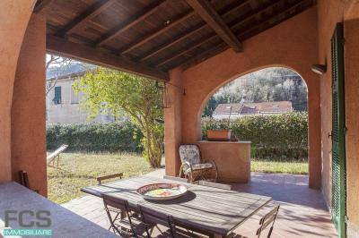 Villa in Affitto stagionale a Calice Ligure