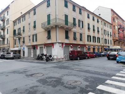Locale commerciale in Vendita a Savona