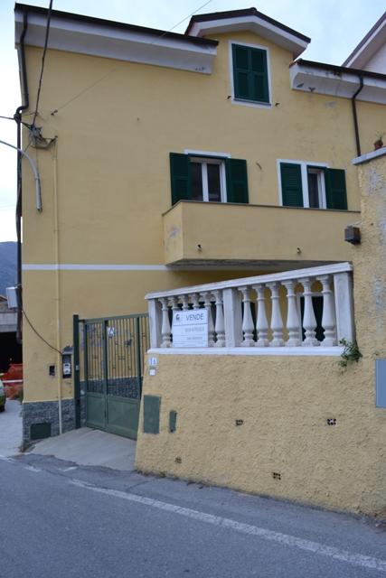 Villa in Vendita a Toirano