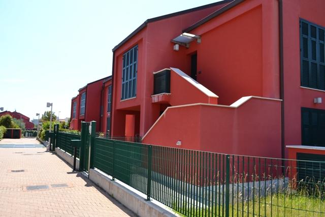 vendita appartamento pietra ligure   300000 euro  3 locali  55 mq