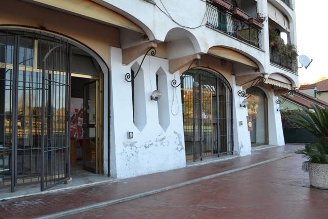 ATTIVITA' COMMERCIALE in Affitto a Boissano (SAVONA)