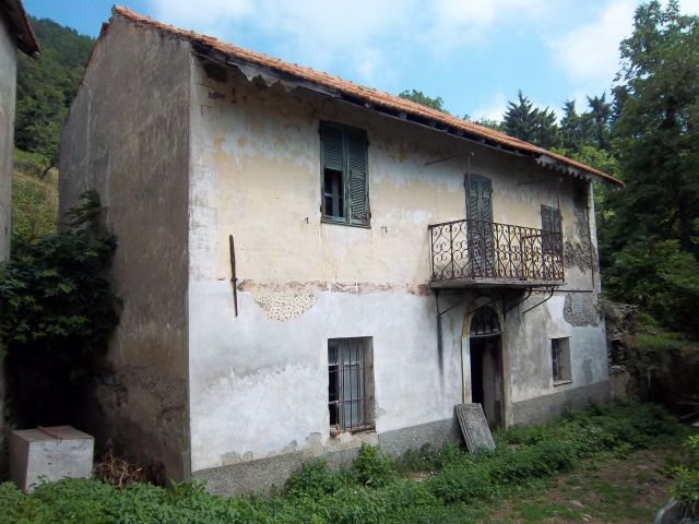 Foto 1 di Appartamento via XXV Aprile, Castelvecchio di Rocca Barbena