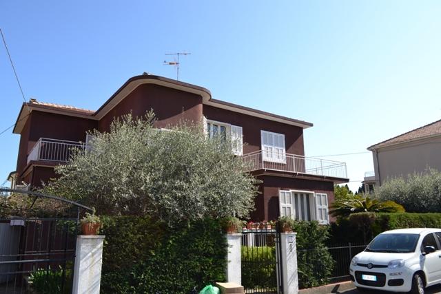 Villa in vendita a Loano, 9 locali, prezzo € 1.262.450 | Cambio Casa.it