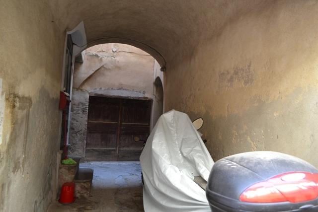 Appartamento in vendita a Toirano, 3 locali, prezzo € 95.000 | Cambio Casa.it