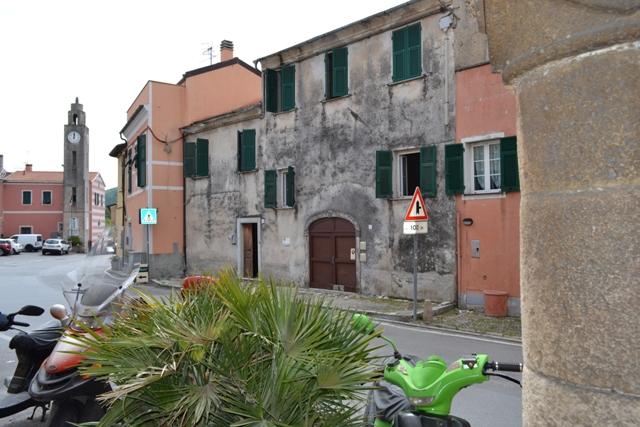 Rustico / Casale in vendita a Finale Ligure, 12 locali, prezzo € 600.000 | PortaleAgenzieImmobiliari.it